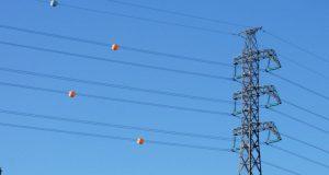 ماذا تعني تلك الكرات الملونة الموصولة بالأسلاك الكهربائية؟