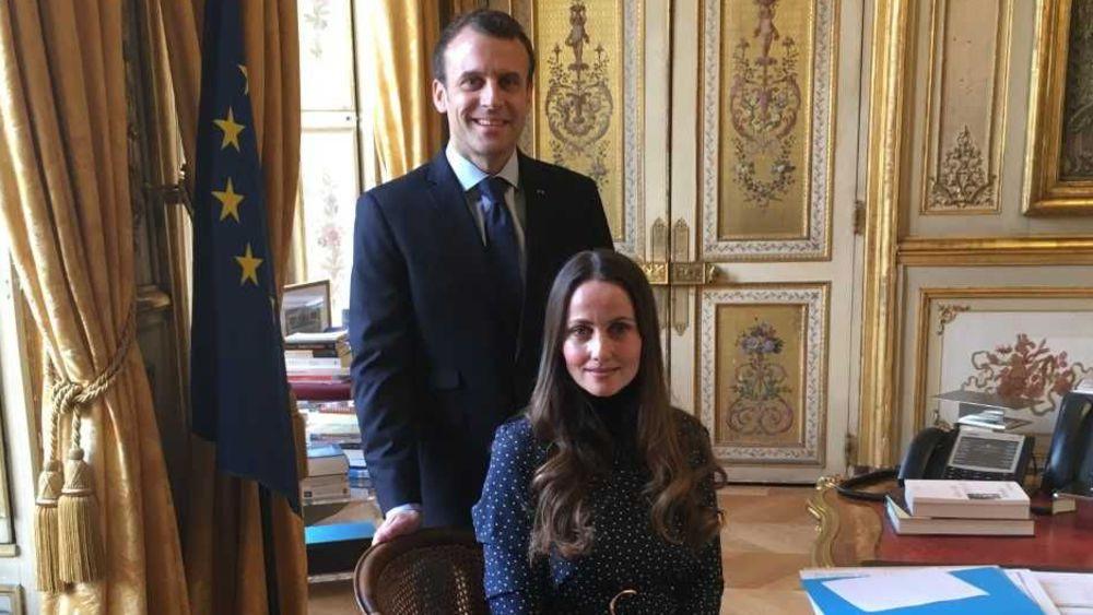 """الرئيس ماكرون يستقبل """"إمام"""" دنماركية طالبته بمساعدتها على تنظيم مؤتمر للأئمة النساء يقام بالمغرب"""