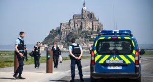تهديدات تفرغ مزارا سياحيا بفرنسا