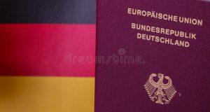لماذا يتهافت البريطانيون على طلب الجنسية الألمانية؟