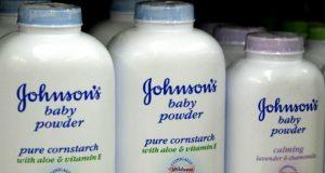"""خطير.. """"جونسون أند جونسون"""" تدفع تعويضات بقيمة 4.7 مليار دولار لمصابات بالسرطان بسبب منتجاتها من بينها بودرة أطفال"""