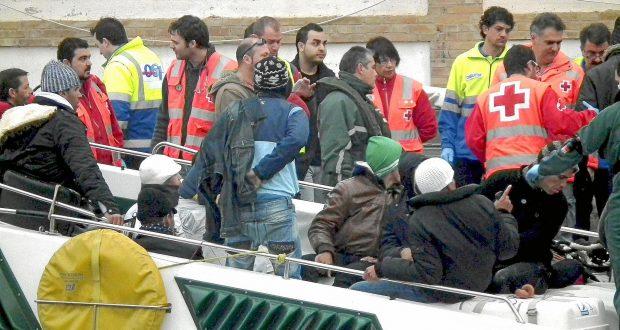 بشرى للمهاجرين السريين في إسبانيا..