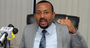 رئيس وزراء إثيوبيا للإماراتيين: لا تعلمونا الإسلام لأنه ضاع منكم.. ونحن سنعيدكم للدين الصحيح..!