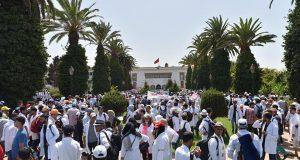 الرباط.. مسيرة حاشدة للأساتذة المتعاقدين للمطالبة بإلغاء نظام التعاقد