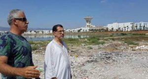الصدفة خير من ألف حكومة: العثماني يكتشف الكارثة البيئية في مرتيل