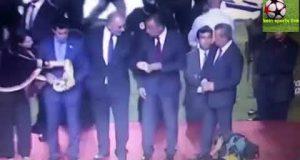 اتهامات لرئيس الأهلي المصري بسرقة ميدالية للترجي التونسي