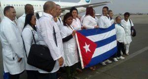 VIVA CUBA.. ! حاصرها الأمريكان 70 عاما فصارت تصدر الأطباء إلى كل مناطق العالم.. !