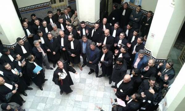 محامو المغرب يحتجون على قانون يطالبهم بتسوية وضعيتهم الضريبية
