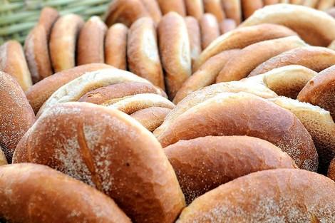 النقص من وزن الخبز في طنجة.. ودعوات إلى المقاطعة