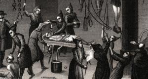تعذيب رهيب: حين أبدعت الكنيسة الكاثوليكية في التنكيل بالأندلسيين + صور