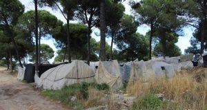 """مغاربة في إسبانيا.. حين ينتهي الحلم داخل """"تْشابولا"""""""