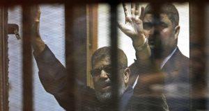 وفاة الرئيس المصري المنتخب محمد مرسي أثناء محاكمته