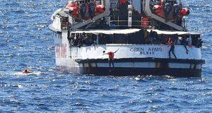 """القضاء الإيطالي ينهي مسلسل سفينة المهاجرين """"الملعونة"""""""