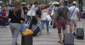 السياح المغاربة يساهمون بقوة في إنعاش الدورة الاقتصادية.. بإسبانيا