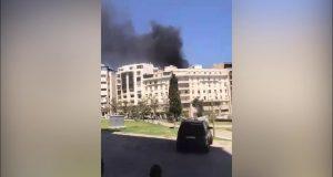 إخماد حريق ساحة الأمم بطنجة + فيديو