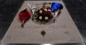 لهذه الأسباب تم نقل قبر الدكتاتور فرانكو إلى مقبرة عادية..