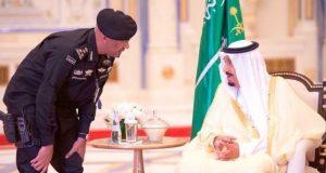 مقتل الحارس الشخصي للمك سلمان تكشف مؤامرات القصور في السعودية..