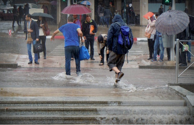 أمطار قوية بطنجة والنواحي الجمعة