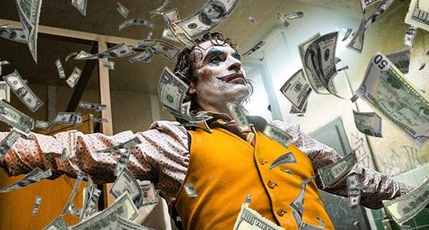 """فيلم """"الجوكر"""" على عتبة المليار دولار"""