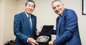 الوزير العلمي يطلب من اليابانيين أن يستيقظوا.. !