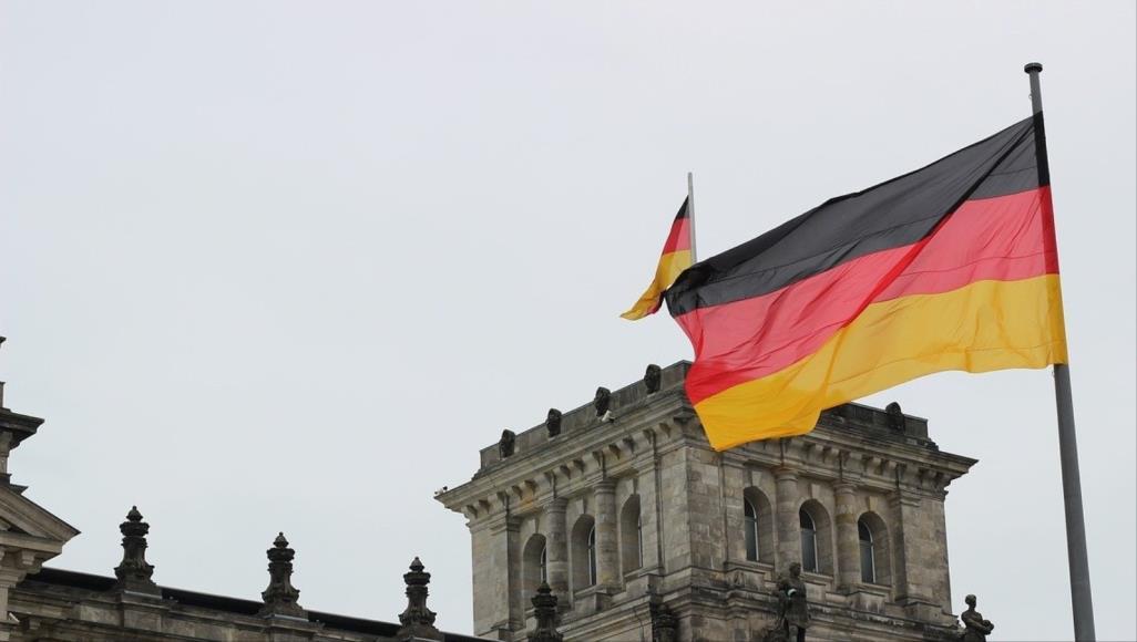 تحتاج لمائة ألف مهاجر كل عام: كيف تربح وظيفة في ألمانيا..؟