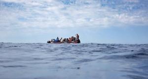 إسبانيا تعيد عشرات المهاجرين السريين إلى المغرب
