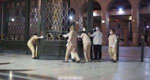 ارتياح كبير لدى مسلمي العالم بعد إعادة فتح المسجد النبوي أمام المصلين