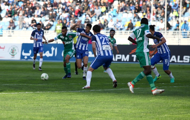 البطولة الوطنية لكرة القدم ستستأنف في غشت المقبل