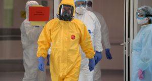 تهافت على اللقاح الروسي.. ومنظمة الصحة تطالب بالتريث