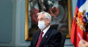 بسبب الكمامة: رئيس الشيلي يشتكي نفسه للسلطات ويؤدي غرامة ضخمة