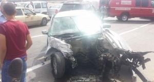 حادث تصادم سيارات بطريق أشقار أوقع 11 مصابا وخسائر مادية كبيرة