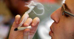إحالة تلميذ ثانوية على المجلس التأديبي بعد تدخينه الحشيش داخل قسم الفيزياء