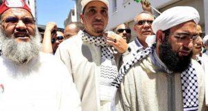 السلفيون المغاربة يغرقون في جدال عذاب القبر