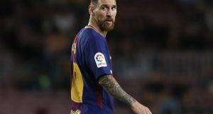 ميسي كان ينوي الرحيل عن برشلونة.. وهكذا غير رأيه