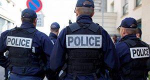 نيويورك تايمز: فرنسا تعامل الأطفال المسلمين كإرهابيين لرفضهم الرسوم المسيئة